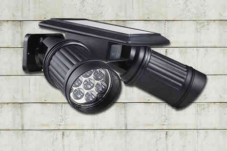 Gagala - Solar Motion Dual Spotlight - Save 69%