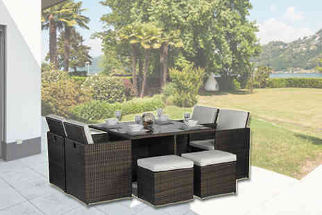 ALM DISTRIBUTION - Fully Assembled Rattan Dining Set with Parasol Small - Save 16%