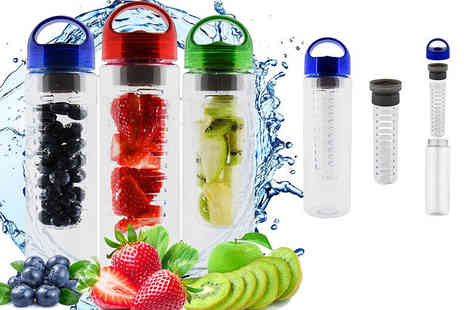 Shop Monk - A 700ml fruit infusing water bottle choose red, blue or green - Save 78%