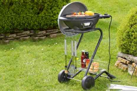 Groupon Goods Global GmbH - VonShef Electric Barbecue in Choice of Colour With Free Delivery - Save 25%
