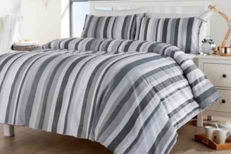 Groupon Goods Global GmbH - Maine Stripe Duvet Cover Set - Save 63%