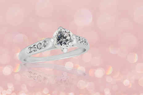 Your Ideal Gift - Rhodium plated ring made with crystals from Swarovski - Save 88%