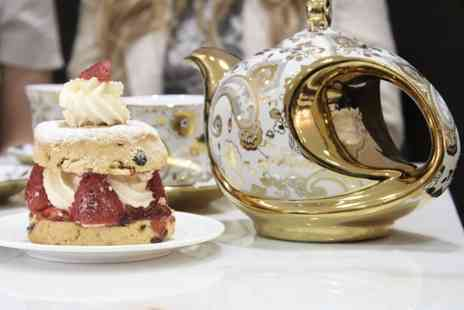 Creams British Luxury - Luxury cream tea for two - Save 0%