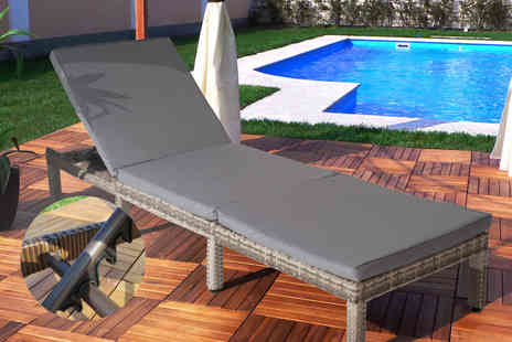 EveMotion GmbH - Dublin rattan sun lounger select from two styles - Save 61%