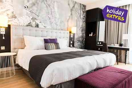 Holiday Extras - Hotels Stay at the biggest airports in the UK and Ireland - Save 0%