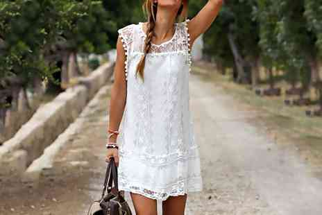 Groupon Goods Global GmbH - Sleeveless Lace Summer Dress Up to Size 18 in Choice of Colour - Save 0%