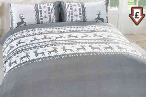 Groupon Goods Global GmbH - Stag Snowflake Duvet Cover Set - Save 83%