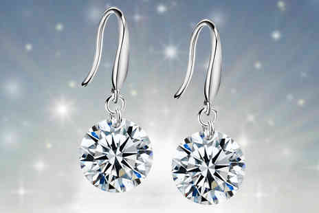 Your Ideal Gift - Drop Earrings With Crystals From Swarovski - Save 86%