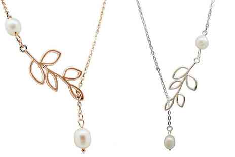 Groupon Goods Global GmbH - White or Rose Gold Plated Pearl Necklace - Save 92%