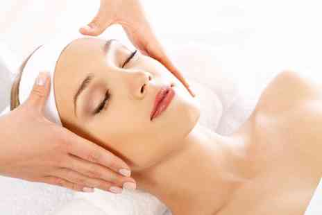 Adorez - Luxury facial - Save 0%