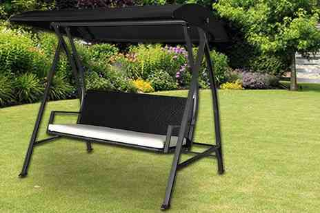 Aosom - Four seater garden swing chair - Save 61%