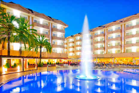 Florida Park - Four Star All Inclusive Overlooking Bustling Promendade - Save 36%