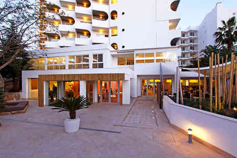 Hotel Pamplona - Four Star Sunshine Retreat on Playa de Palma - Save 66%