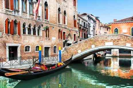 Hotel Al Sole - Canal Front Stay with Breakfast & Bubbly - Save 0%