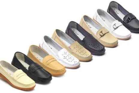 Groupon Goods Global GmbH - Womens Summer Leather Moccasins - Save 56%