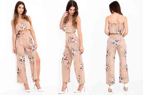 Verso Fashion - Floral crop top and side split trousers co ord set - Save 65%