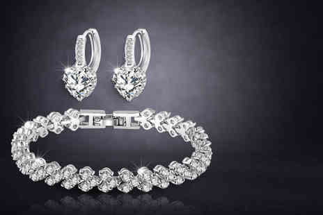 Fakurma - Tennis heart bracelet & earrings set - Save 91%