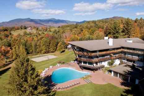 The Stowehof - Vermont Mountain Lodge in Leaf Peeping Season - Save 0%