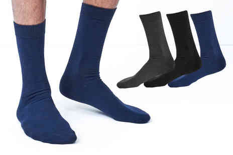 Nothing New 2 Wear - Five pairs of plain Brave Soul socks - Save 60%