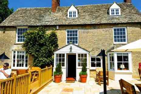 The Boot Inn - Three Courses & Wine for 2 - Save 52%