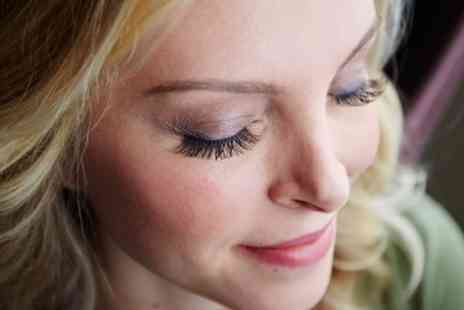 Maple Salon - Full Set of Eyelash Extensions - Save 51%
