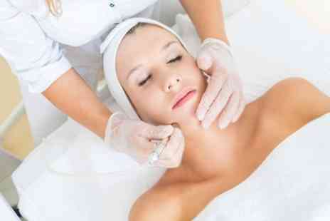 Unique L Beauty Room - Up to Six Sessions of Microdermabrasion - Save 25%