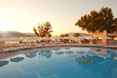 Salmakis Resort - Four Star All Inclusive Panoramic Views Over Bodrum Bay - Save 43%