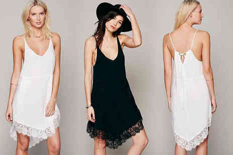 Verso Fashion - Lace hemmed beach dress choose from UK ladies dress sizes 6 to 14 - Save 67%