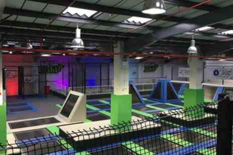 Mega Jump - Trampoline Party with Optional Pizza and Drinks for Ten Kids - Save 33%