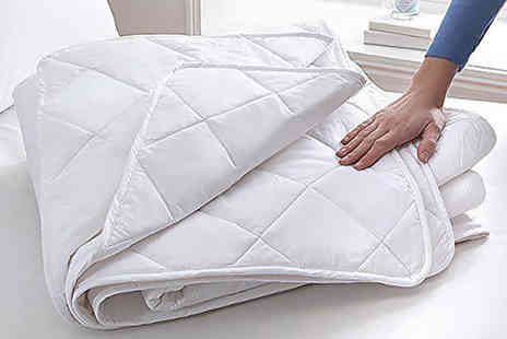 Diana Cowpe - Single, double, king or super king size 2.5 tog super lightweight summer duvet - Save 71%