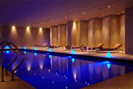 Mandara Spa - Spa day for two including a facial, Prosecco and spa access - Save 67%