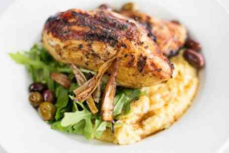 The Lace Market - Sunday lunch for 2 with a glass of wine - Save 38%