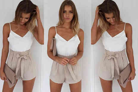 Verso Fashion - White and beige front tie summer playsuit - Save 64%