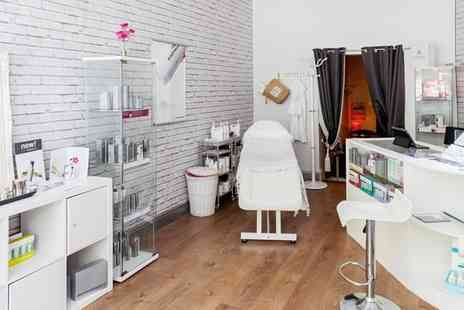 Ls Boudoir Skin Therapy Clinic - Brightening Facial, Dermalogica Facial or Express Facial and Massage - Save 65%