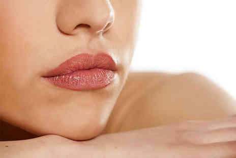 Cosmetic Facial UK - 1ml dermal filler 'lip plump treatment - Save 67%