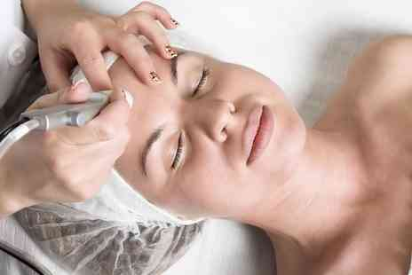 Feeva Looks - Up to Three Microdermabrasion Treatments - Save 40%