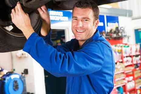Crowthorne Service Centre - MOT Test - Save 38%