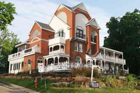 Niagara Grandview Manor - Riverview Niagara Escape with Wine - Save 0%