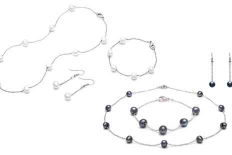 Groupon Goods Global GmbH - Classic Pearl and Chain Three Piece Set - Save 87%