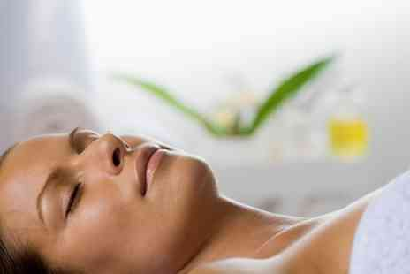 Dahlia Hair & Beauty - Deep Cleanse Facial with Optional Extraction - Save 47%