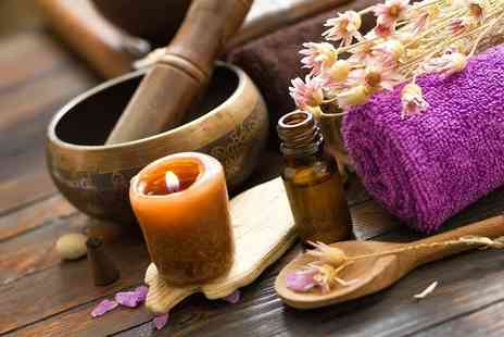 White Rose Beauty College - 10 week ITEC Level 2 Diploma in Complementary Therapies - Save 83%