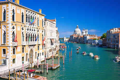 Tour Center - Four Star Four nights Rome and Venice trip including flights and train - Save 46%