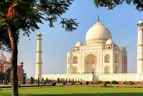 Falcon & Sachz - 14 night private north & south India tour with flights - Save 0%