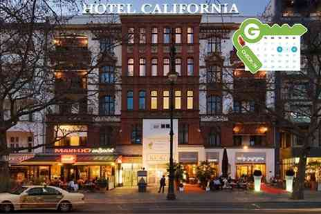 Hotel California - Standard Double Room with Spa Access and Option for Breakfast - Save 0%