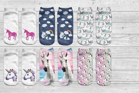 Accessories London - Pack of quirky unicorn socks in six different designs - Save 65%