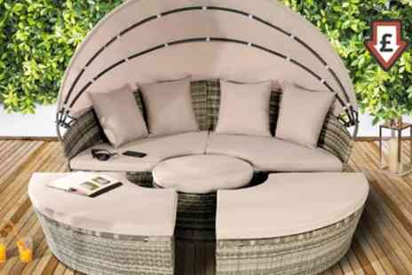 Groupon Goods Global GmbH - 180cm or 210cm Rattan Effect Sun Island with Free Delivery - Save 64%