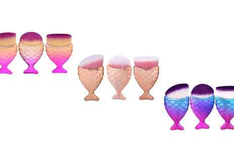 Groupon Goods Global GmbH - Mermaid Tail MakeUp Brush Set in Choice of Colour - Save 60%