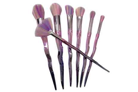 Groupon Goods Global GmbH - Unicorn Horn Seven Piece MakeUp Brush Set - Save 65%