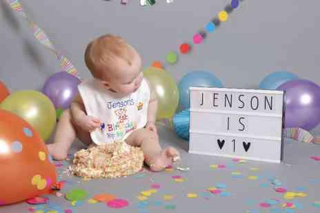 Wild Ginger Photography - The unique cake smash photoshoot - Save 94%