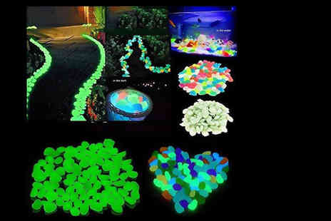 GPSK - Pack of 100 glow in the dark pebbles - Save 87%